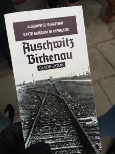 1_1422121366_auschwitz-and-birkenau-guide-book